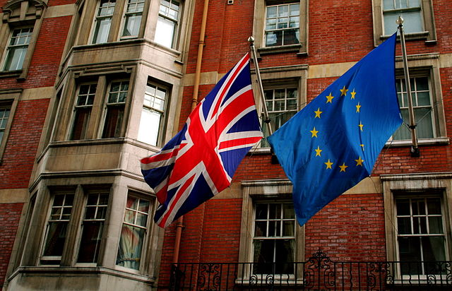 Norway�s Europe Minister Crosses Fingers For Britain to Remain in the EU
