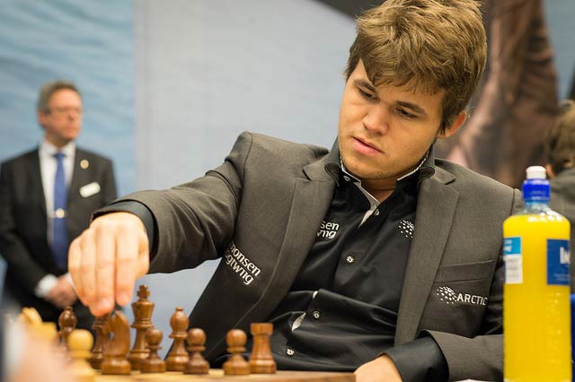 Carlsen Loses Game 3 against Anand