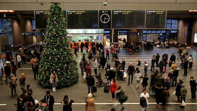Norway Tops Online Christmas Shopping in Scandinavia