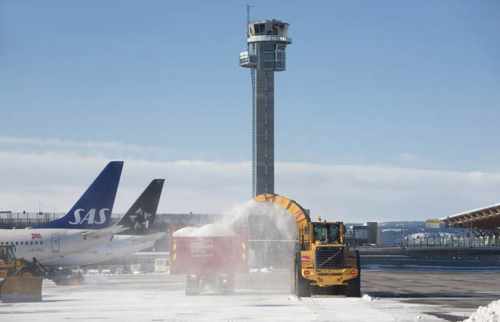Storm and Snow Halt Air Traffic in Norway
